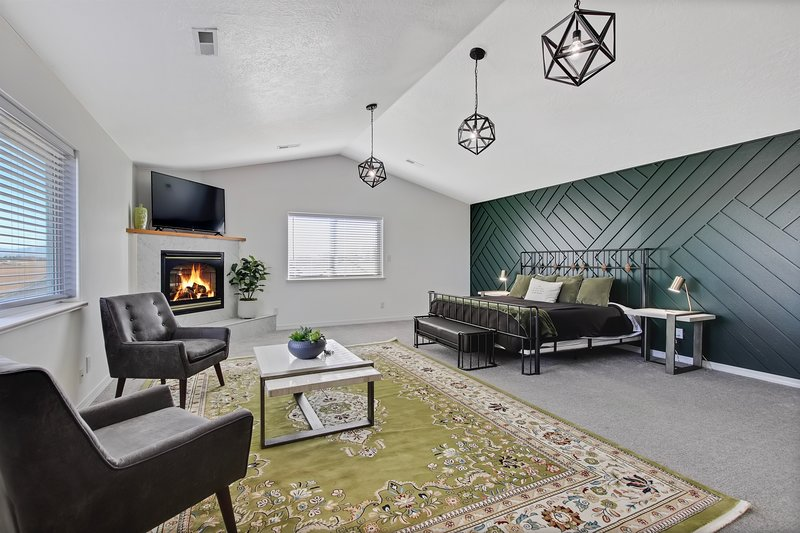 Treasure Valley's Shared Home with Stunning Luxury Suite, vacation rental in Meridian