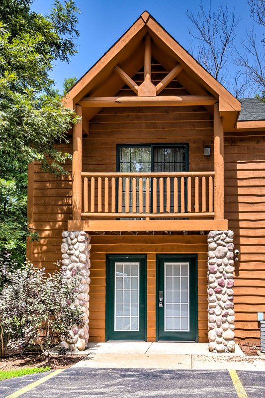Book this North Utica vacation rental for your next getaway!