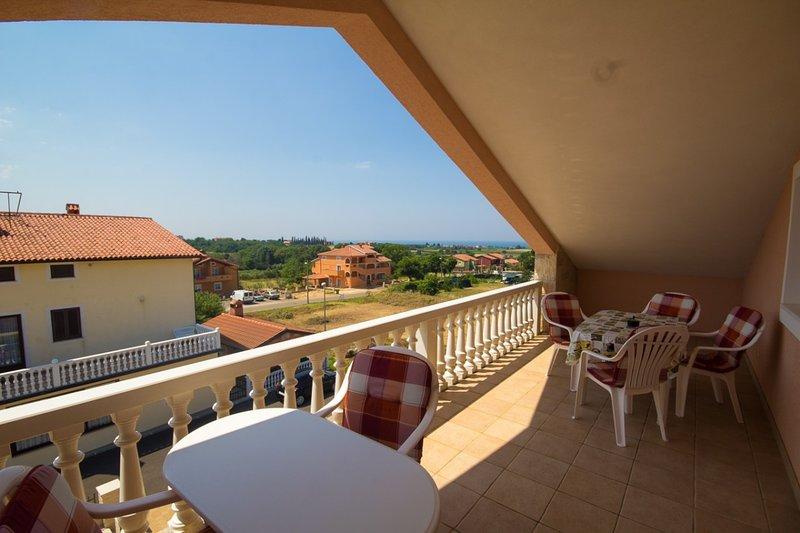 Holiday home 182883 - Holiday apartment 209229, holiday rental in Buzinija