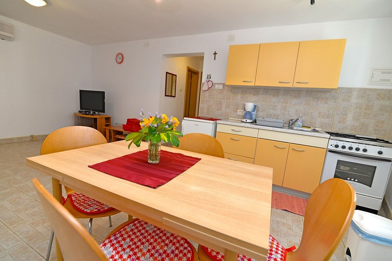 Holiday home 188277 - Holiday apartment 221862, vacation rental in Veli Lošinj
