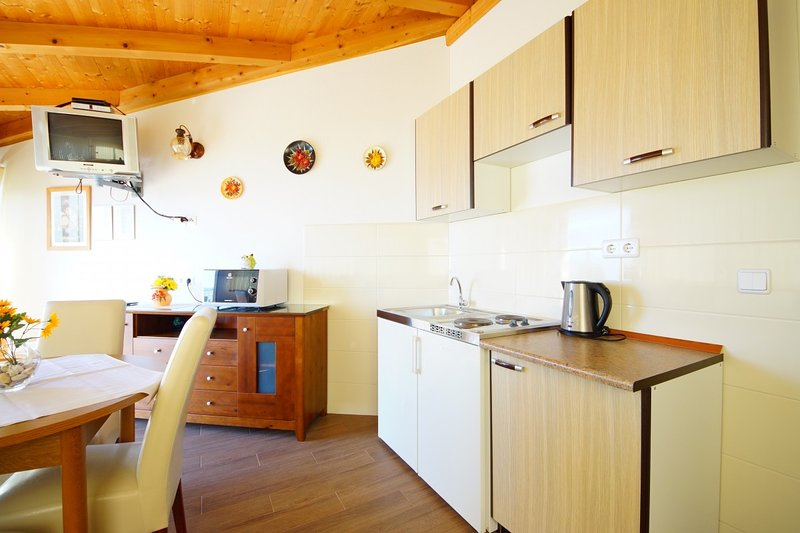 Holiday home 143331 - Holiday apartment 125535, vacation rental in Srebreno