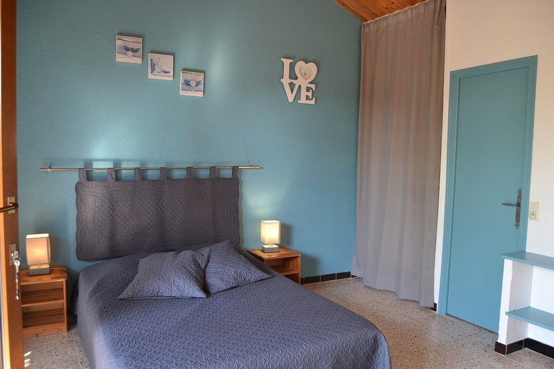 Gîte 2/3 personnes, aluguéis de temporada em Saint-Maurice-de-Cazevieille
