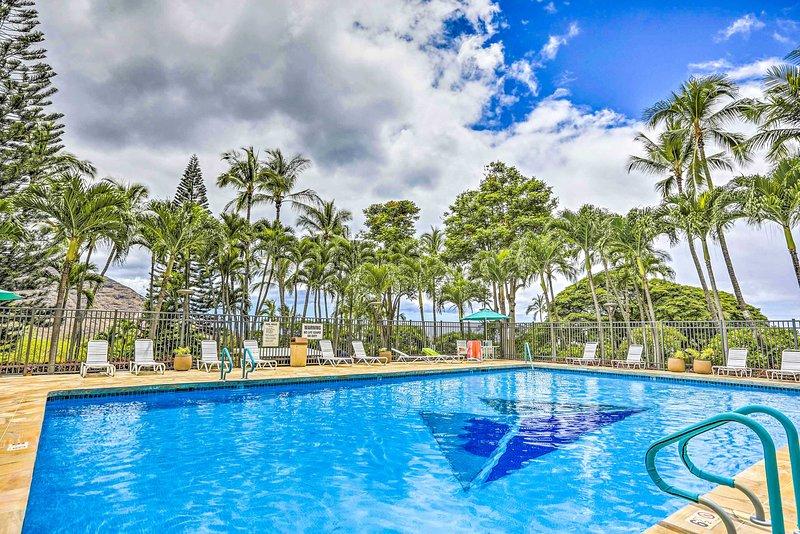 Makaha Studio w/Mtn & Ocean Views - 1 Mi to Beach!, holiday rental in Makaha