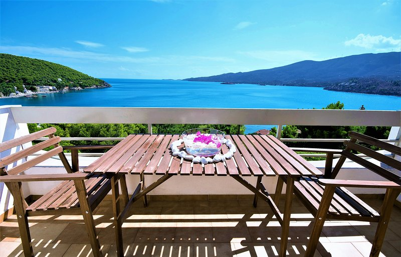Home away from home, Apartments Poros Island, holiday rental in Poros