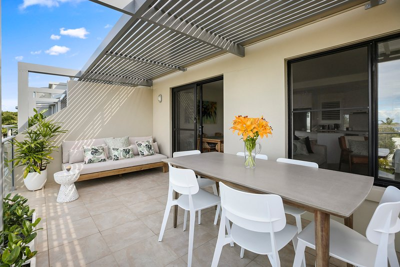 Crystal Shores Unit 3, 200m to Sunshine Beach, Dog Friendly, holiday rental in Sunrise Beach