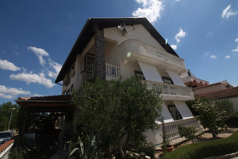 Pirovac Apartment Sleeps 4 - 5408166, vacation rental in Pirovac