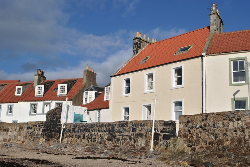Westshore House- fabulous waterfront home, Pittenweem, Fife, vacation rental in Pittenweem