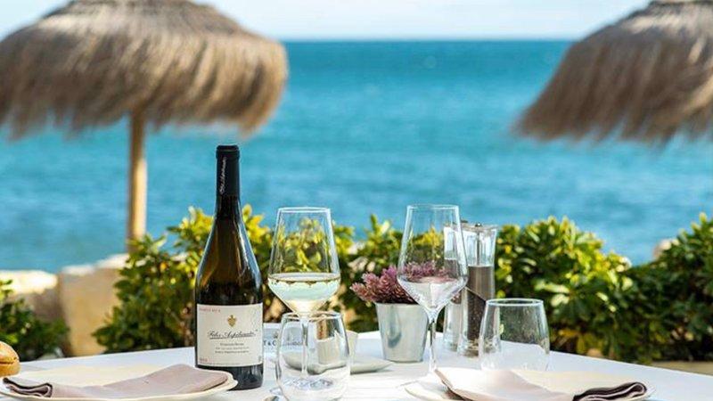 MY CAPRICHO 9   Apartamento junto al mar para 6 personas, holiday rental in Sitio de Calahonda