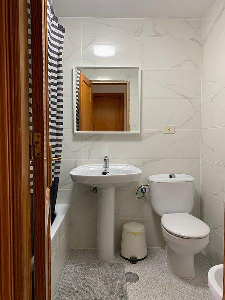 MC Apartments (B1A), holiday rental in Tetir