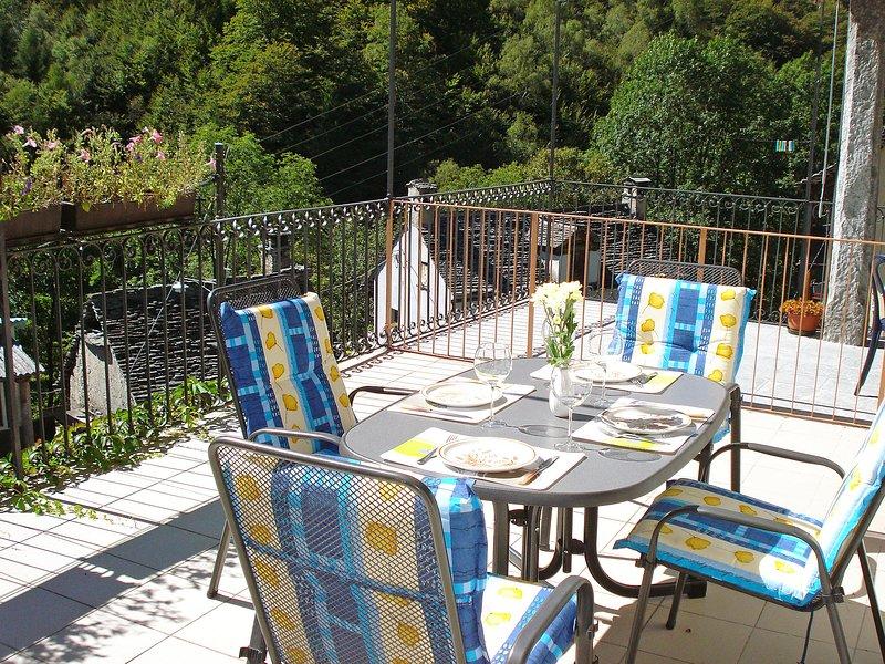 Casa Strecce - App. 2, holiday rental in Malesco