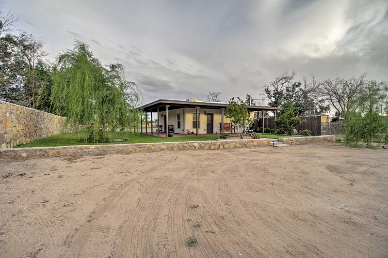 This pet-friendly casita is the perfect choice for exploring Southern New Mexico