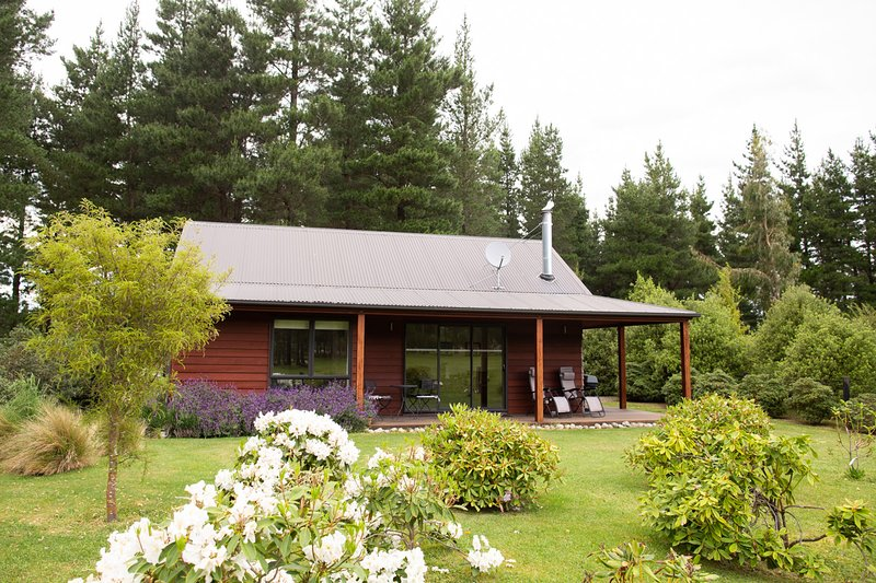 Woodbank Park Cottages Hanmer Springs New Zealand., holiday rental in Culverden