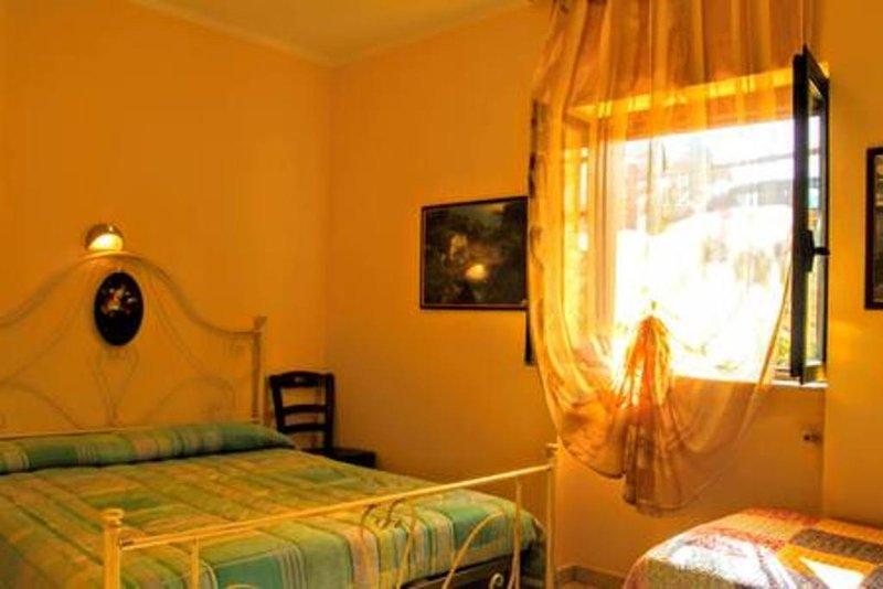 Appartamenti vicino al mare - Villa Mapa - Casa Corbezzolo, vacation rental in Vieste