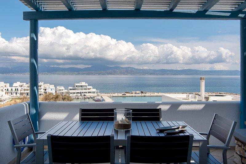 'Splash' w. Amazing Seaview in Piso Livadi, holiday rental in Piso Livadi