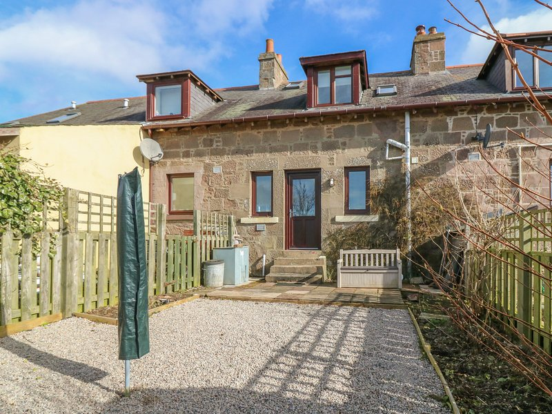 2 Pittengardner Cottage, Laurencekirk, vacation rental in Johnshaven