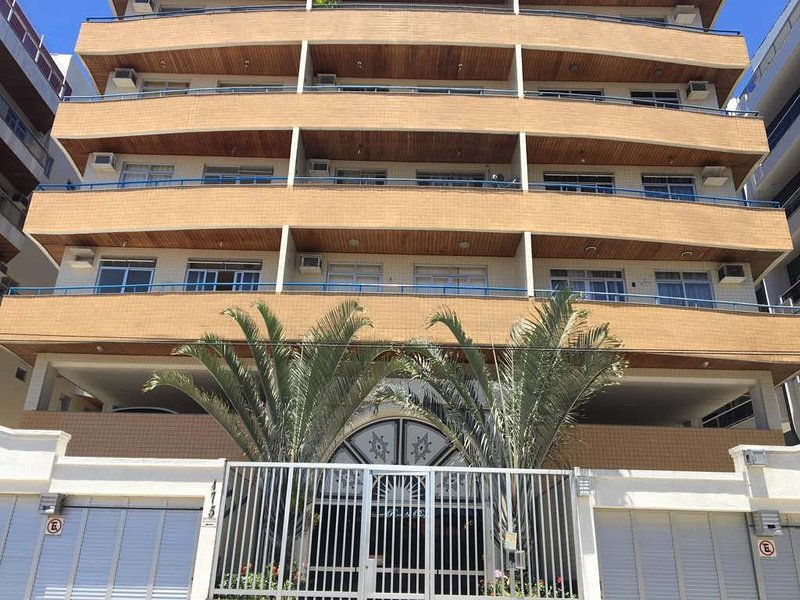 Ótimo apartamento pertinho da praia, vacation rental in Cabo Frio