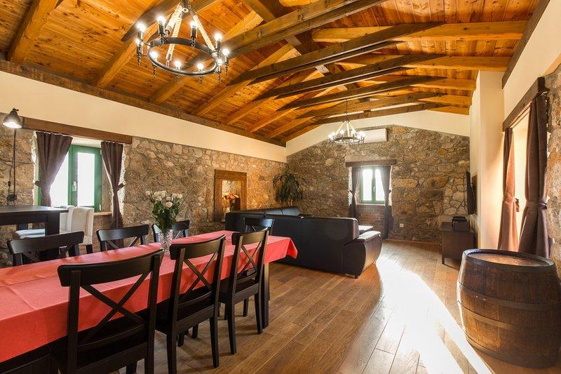 Holiday home 193590 - Holiday home for sole use 234297, aluguéis de temporada em Kapovci