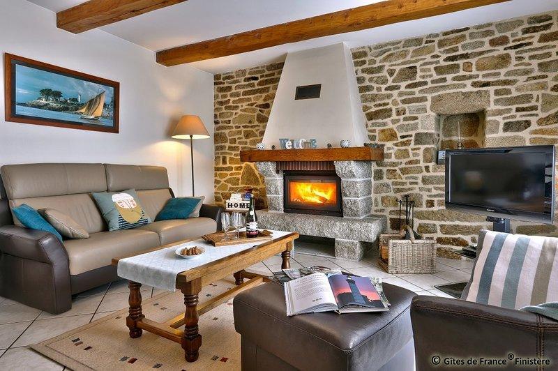 Maison indépendante 3* au calme, proche de la mer., holiday rental in Poullan-sur-Mer