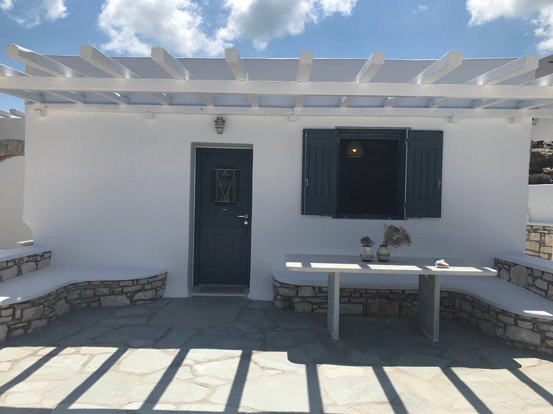 'Joy' Brand New Jewel 4min from Naousa, holiday rental in Isterni