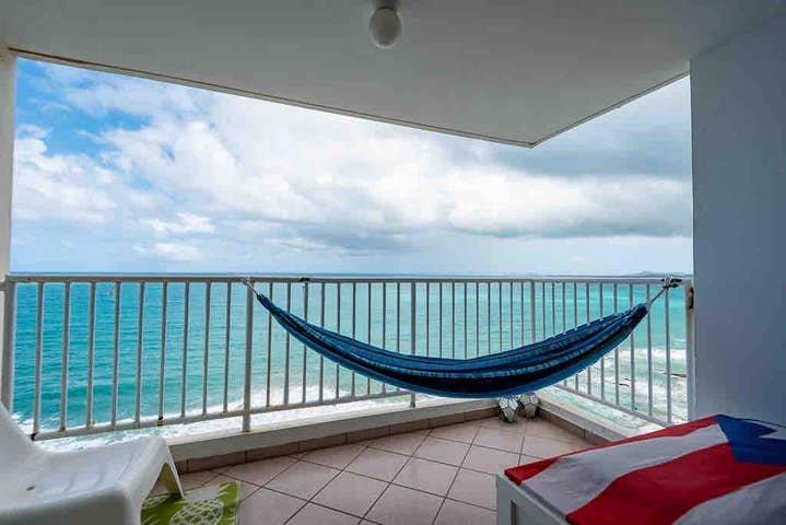 Oceanfront Affordable Luquillo Puerto Rico, aluguéis de temporada em Luquillo