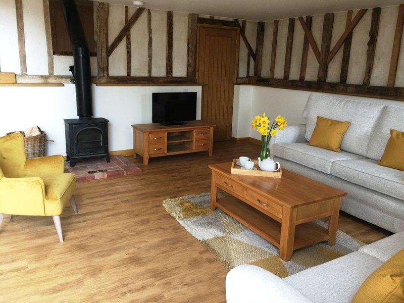 Stunning barn conversion, Boundary Farm, Framlingham, vacation rental in Stonham Aspal