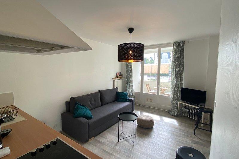 Appartement Cosy à Annecy le Vieux avec Balcon, location de vacances à Argonay