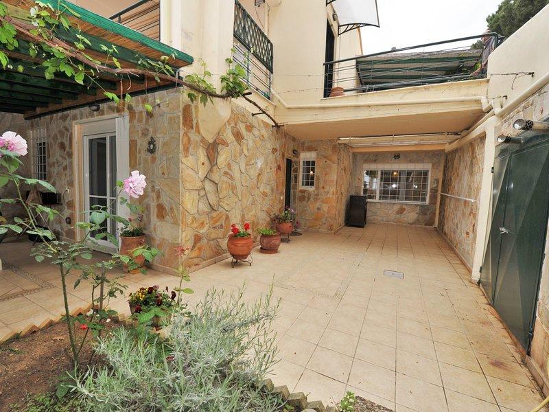 Aiolos Home - Nea Moudania Halkidiki, vacation rental in Nea Plagia