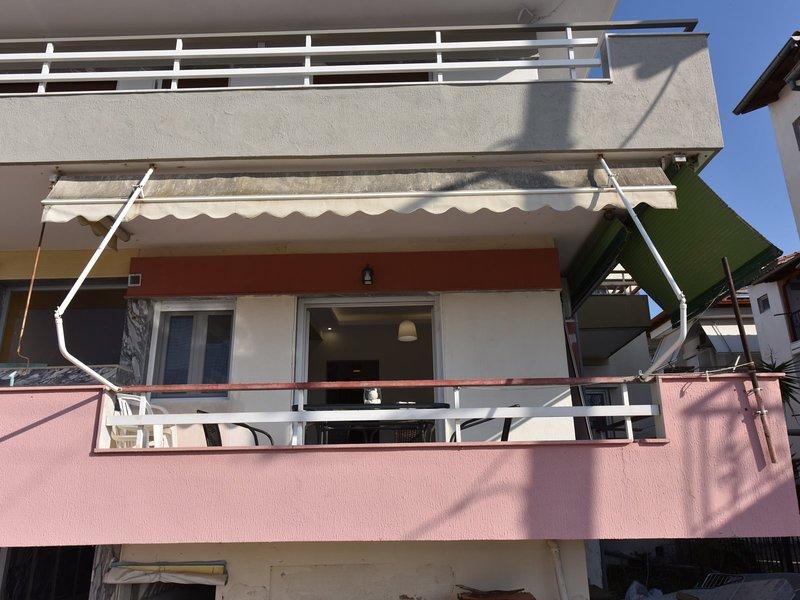 3S Apartments 3rd - Nea Flogita Halkidiki, location de vacances à Nea Triglia