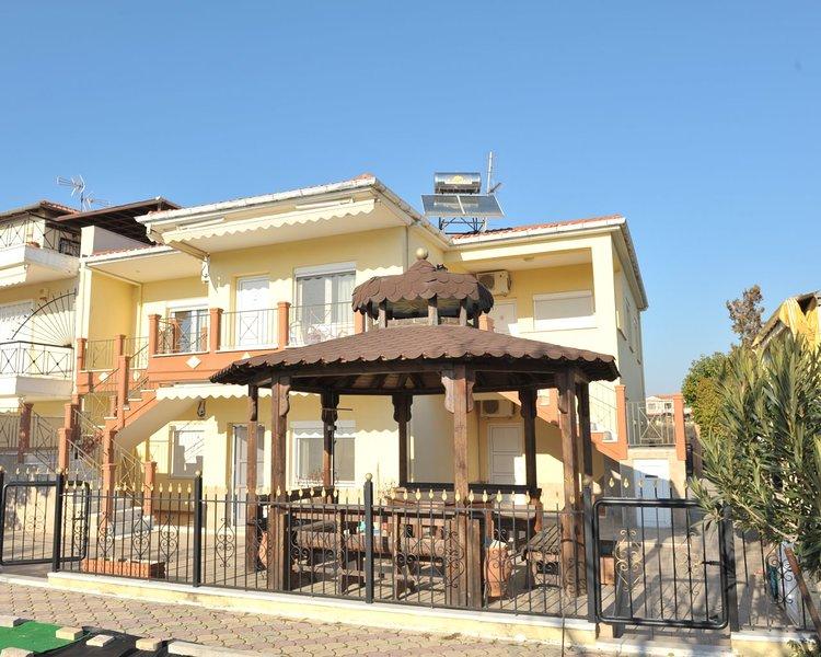 Amaranthos Apartments 1 - Dionisiou Beach Halkidiki, location de vacances à Nea Triglia