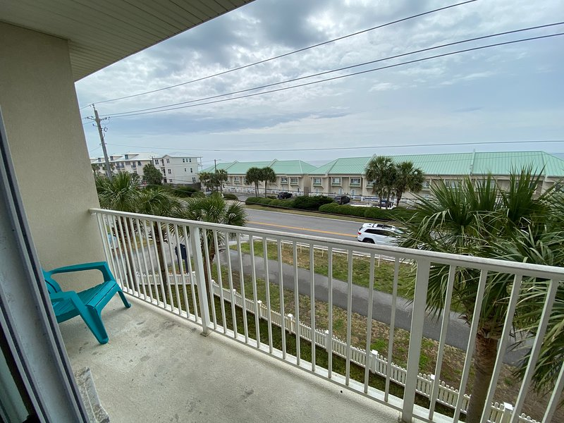 Gorgeous Spacious Townhome Just Steps From the Beach!, vacation rental in Miramar Beach