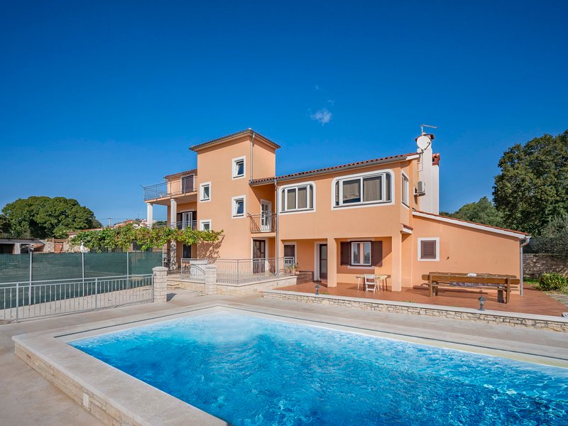 Ulika, holiday rental in Golas