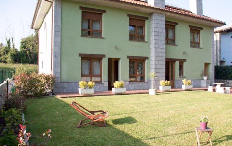 Apartamento para 2 personas en Llanes, holiday rental in Alles
