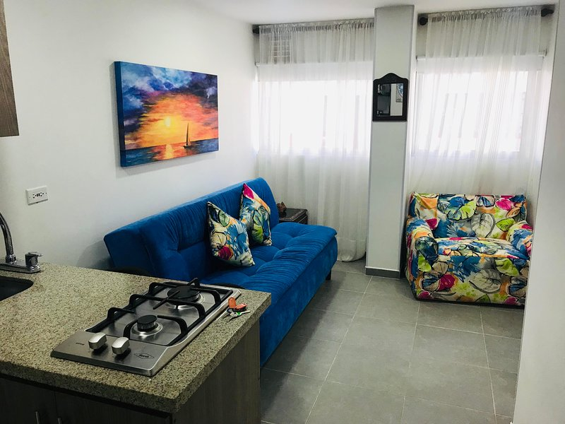 La Martinera Malecón 101: Apartaestudio, excelente ubicación, aluguéis de temporada em Guatape