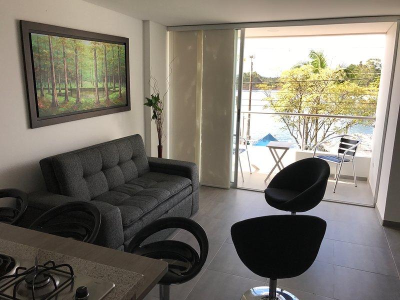 La Martinera Malecón 202: Vista al embalse y malecón, aluguéis de temporada em Guatape
