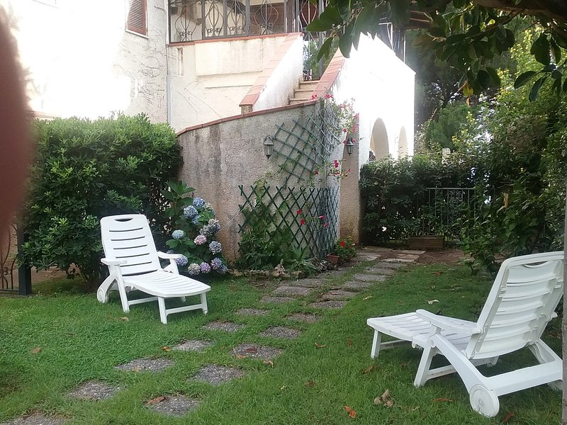 Villa Lopez cavinia, holiday rental in Terme Luigiane