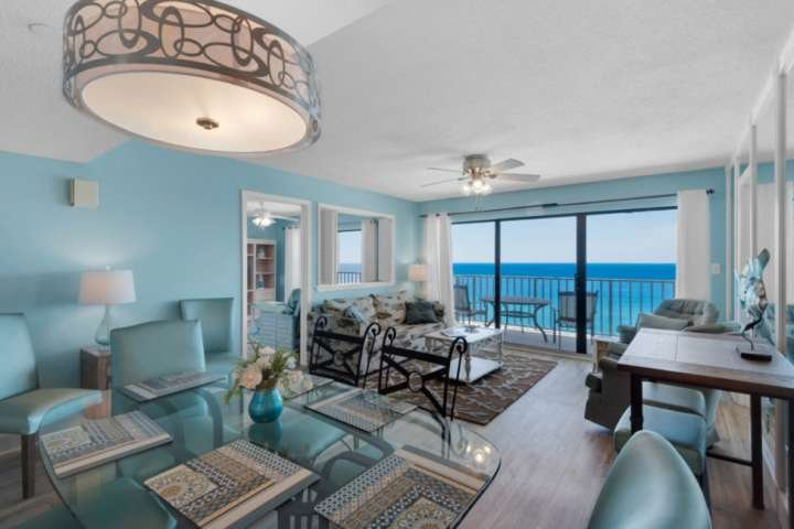 NEW LISTING: 3BR Condo 13th Floor Master Bedroom on Gulf, Private Balcony Free W, holiday rental in Parker