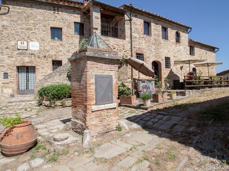 Casale Rosennano, vacation rental in Castelnuovo Berardenga