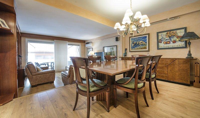 R2 Apartamento de 2 dormitorios 20m de la playa Calafell, vacation rental in Calafell