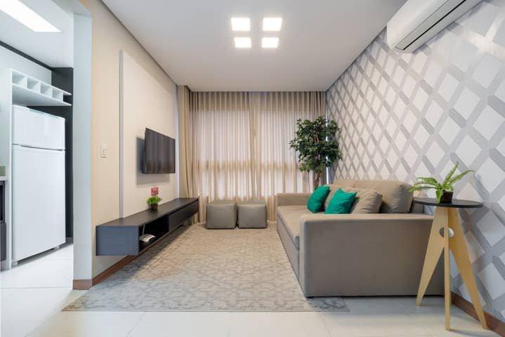 Apto novo e moderno, acomoda 6 pessoas, melhor localização, vakantiewoning in Nova Petropolis