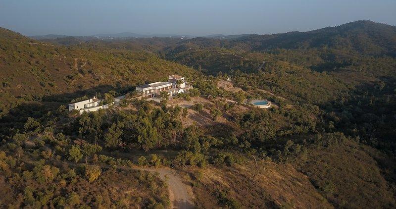 Wild View Retreat, Algarve, Portugal, location de vacances à Sao Bras de Alportel