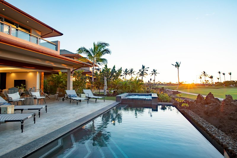 Modern Luxury Ocean/Sunset View Home with Private Beach Club Access, vacation rental in Island of Hawaii