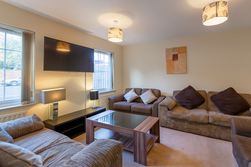 Newcastle City Town House, holiday rental in Burnopfield