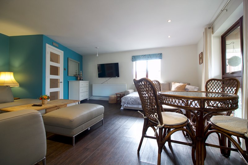 St George Balcomy Suite, vacation rental in Fareham