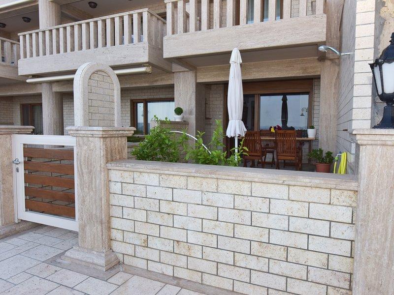 Camellia Seafront - Nea Potidea Halkidiki, holiday rental in Nea Potidea