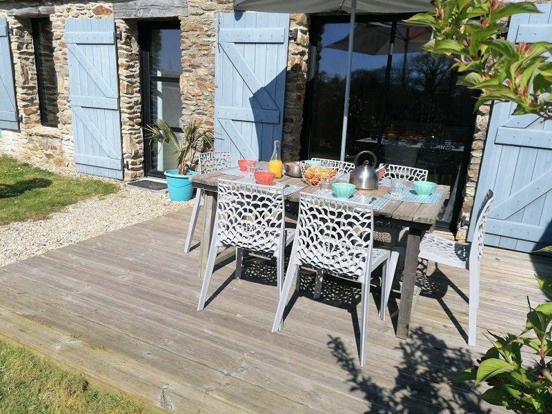 Belle maison neuve, confort et modernité sur la Presqu'île de Rhuys, Ty Maez, casa vacanza a Sarzeau