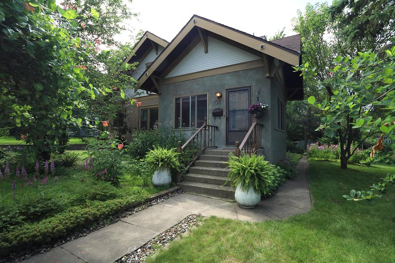 NEW! Family Home, Walk to Buffalo Lake & Breweries, vacation rental in Buffalo