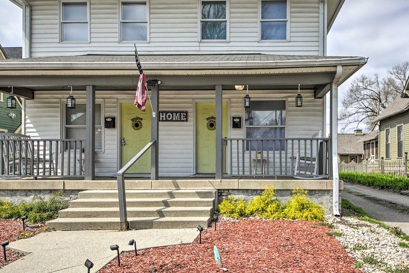 NEW! Guest-Ready Townhouse, < 2 Mi to City Circle!, holiday rental in Wanamaker