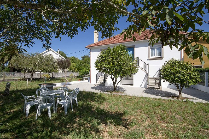 Casa Olveira, holiday rental in Outes