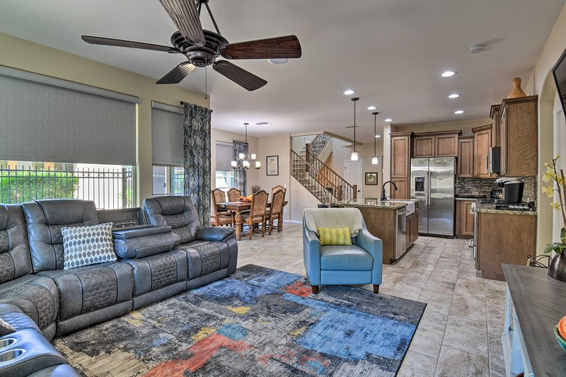 NEW! Queen Creek, San Tan Valley Home: Golf & Hike, location de vacances à San Tan Valley