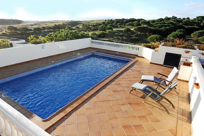 Fabulous Villa on Castro Marim Golf Resort, vacation rental in Castro Marim